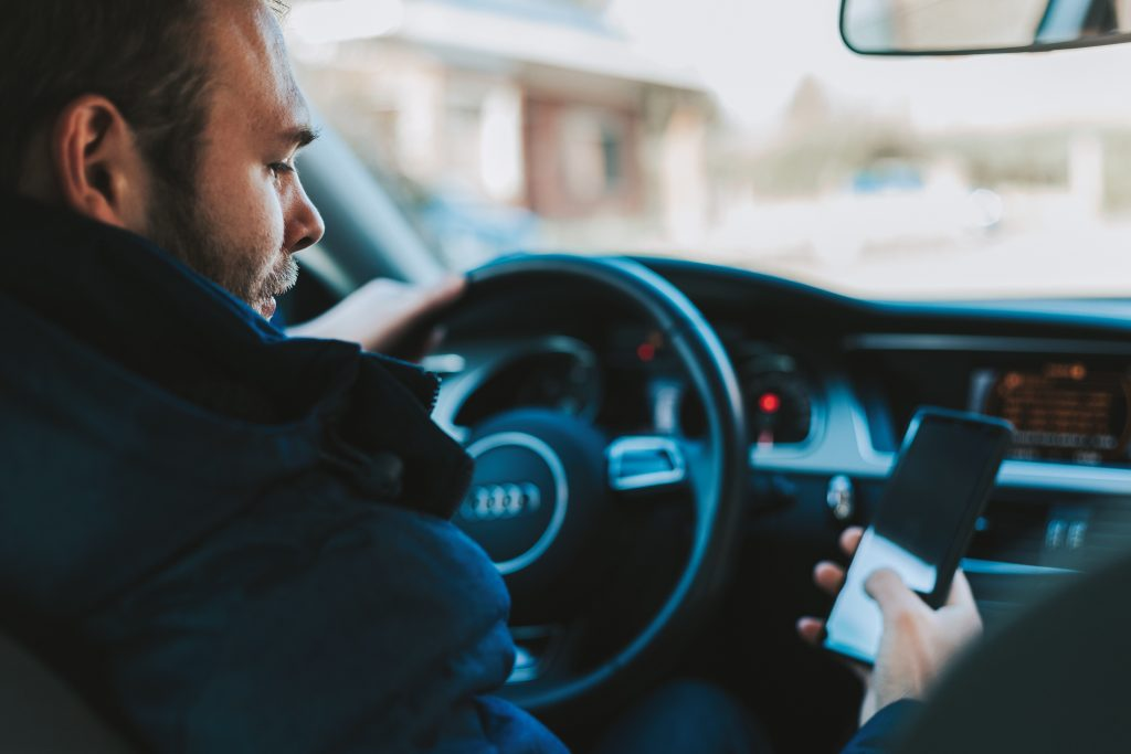 having phone on lap is not distracted driving